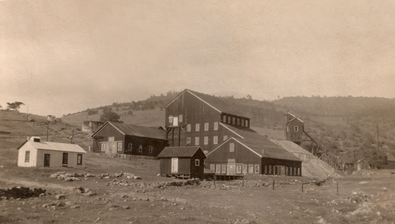 Mount Gaines Mining Photos, Maripsoa County